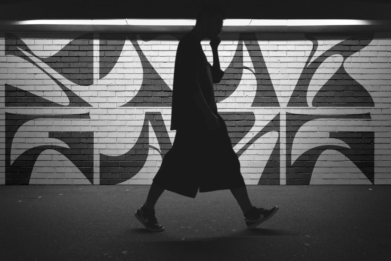 Urban |Mensch | Schrift | Wand