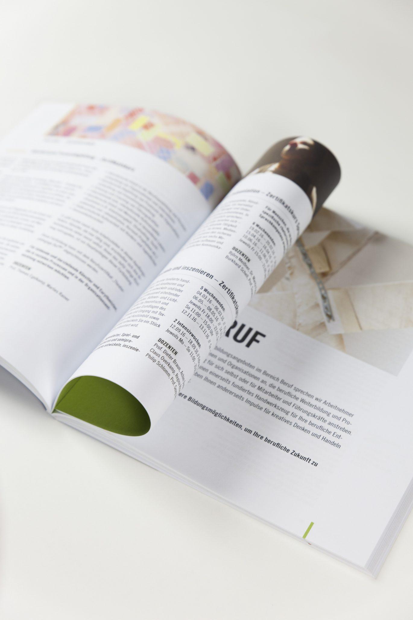 Innenseite | Kursbuch | Textsetzung | Editorial Design | Publikation